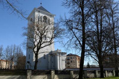 BałtJ032-Jelgava-Kośc Trójcy Przenajświętszej-sama wieża