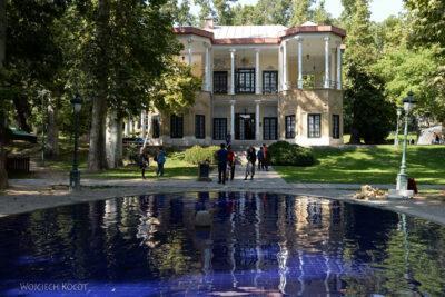 Irnb144-Teheran-Park przy Niavaran Palace