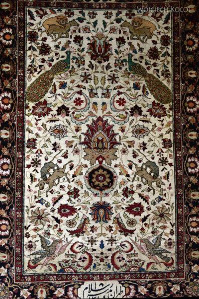 Irnc065-Teheran-W muzeum Dywanów