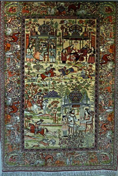 Irnc073-Teheran-W muzeum Dywanów