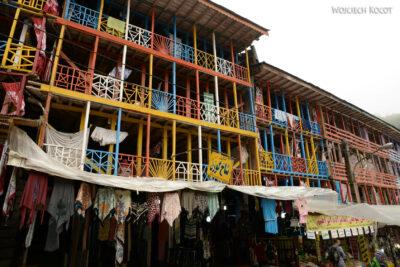Irne033-W miasteczku Emamzadeh Ebrahim