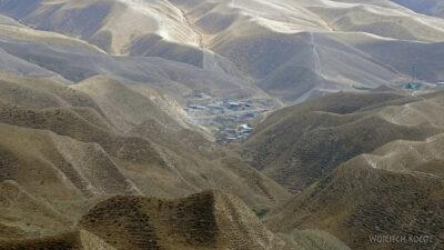 Irnf077-Przez Turkmeński Step