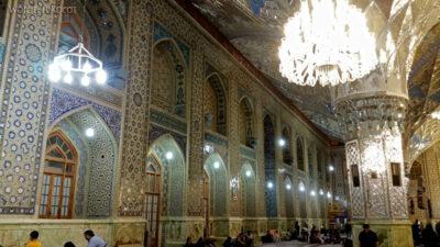 Irng056-Mashhad-nocą przy grobie Imama Rezy