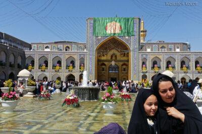 Irnh082-Mashhad-przy Grobie Imama Rezy