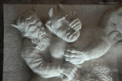Irnh142-Przy Mausoleum Ferdousiego