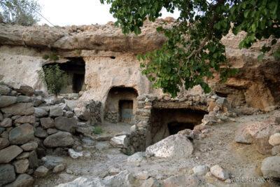 Irni095-W wiosce Meymand