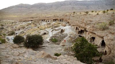 Irni098-W wiosce Meymand