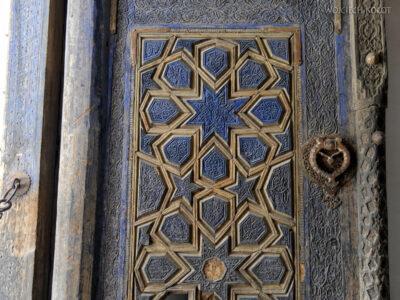 Irnj076-Meczet przy muzeum Derwisza