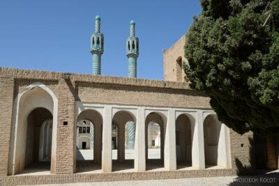 Irnj078-Meczet przy muzeum Derwisza
