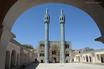Irnj080-Meczet przy muzeum Derwisza