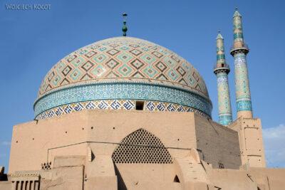 Irnk085-Jazd-Meczet-jeden zwielu