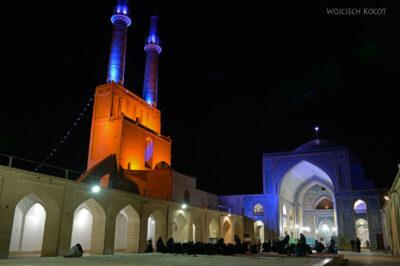 Irnl210-Jazd-Meczet Piątkowy nocą