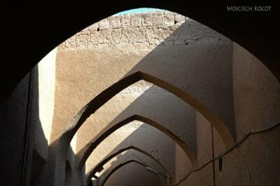 Irnm113-Jazd-spacer poulicach