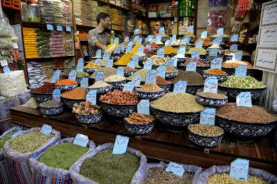 Irnn140-Shiraz-na bazarze