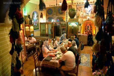 Irnn226-Shiraz-w knajpie