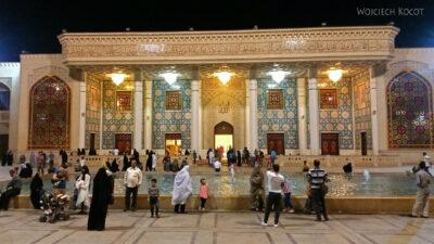 Irnn232-Shiraz-Sanktuarium Emamzadeh Shahcheragh nocą