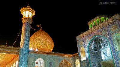 Irnn234-Shiraz-Sanktuarium Emamzadeh Shahcheragh nocą