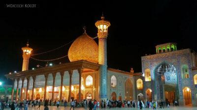 Irnn235-Shiraz-Sanktuarium Emamzadeh Shahcheragh nocą