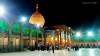 Irnn239-Shiraz-Sanktuarium Emamzadeh Shahcheragh nocą