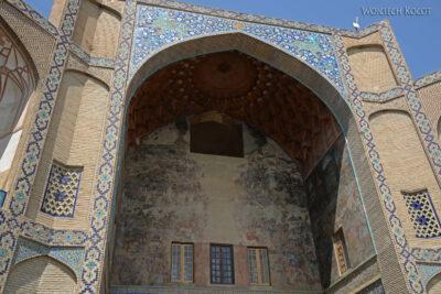 Irnr027-Isfahan-brama prowadząca nabazar