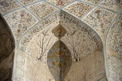 Irnr106-Isfahan-w Ali Qapu Palace