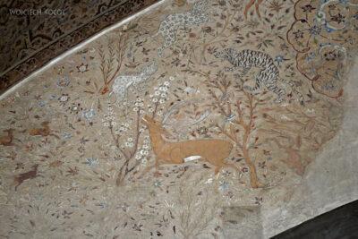 Irnr109-Isfahan-w Ali Qapu Palace