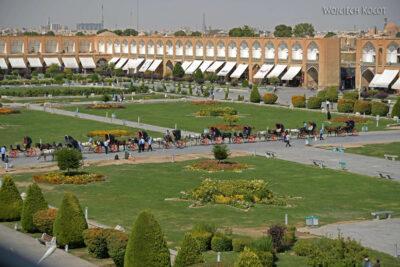 Irnr117-Isfahan-widok zPałacu naPlac