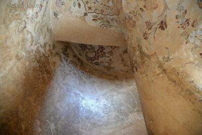Irnr131-Isfahan-w Ali Qapu Palace