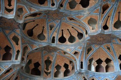 Irnr140-Isfahan-w Ali Qapu Palace