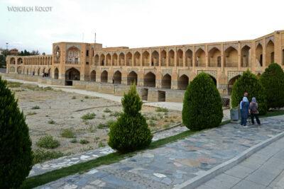 Irnr198-Isfahan-Most Ojciec