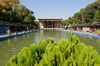 Irns015-Isfahan-Pałac 40 Kolumn