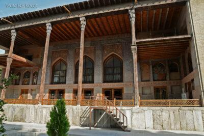 Irns078-Isfahan-Pałac 40 Kolumn