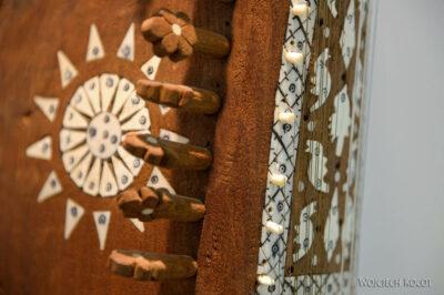 Irns241-Isfahan-w Muzeum Instrumentów