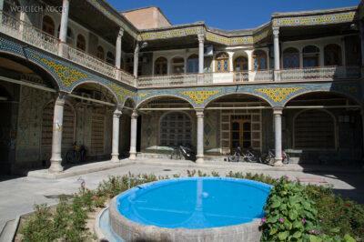 Irnt096-Isfahan-to też bazar