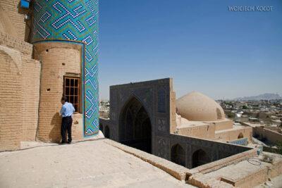 Irnt174-Isfahan-w drodze naszczyt minaretu