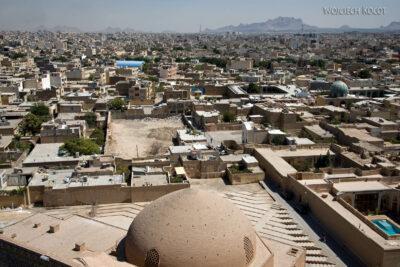 Irnt178-Isfahan-w drodze naszczyt minaretu