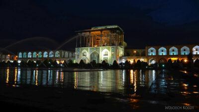 Irnt245-Isfahan-Ali Qapu Palace nocą