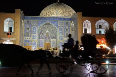 Irnt265-Isfahan-Mecz Sułtana Lotfollaha nocą