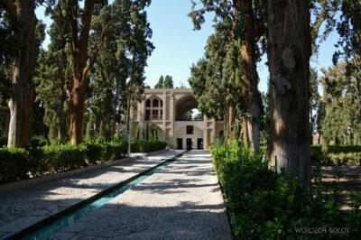 Irnw095-Kashan-Boge Fin Garden