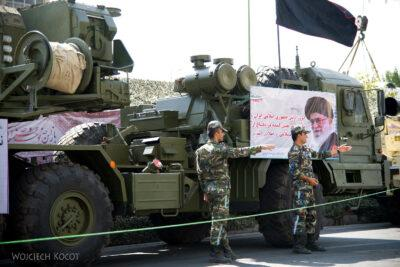 Irnx058-Teheran-pokaz siły