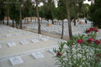 Irnx174-Teheran-Polski Cmentarz