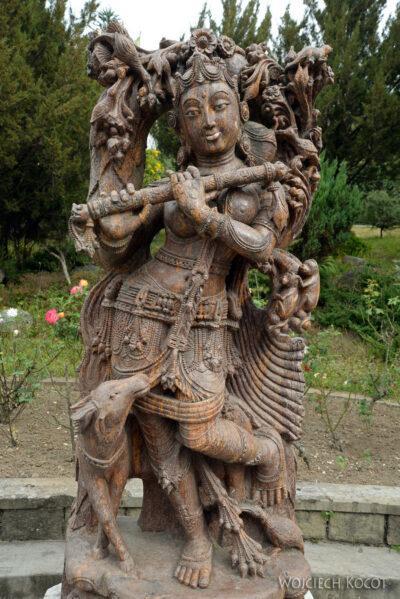 F020-Bir - Biała Świątynia
