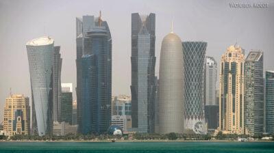 Do029-Doha-Widok nawysokościowce