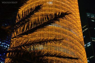 Do272-Doha-Dzielnica wysokosciowców nocą