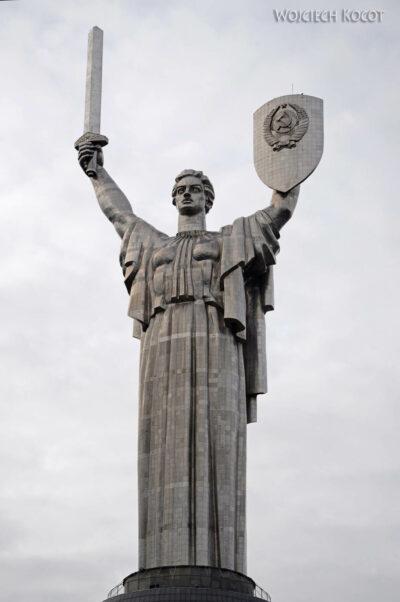 Kijów006-Statua Matka Ojczyzna
