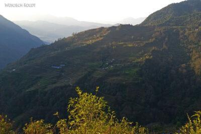 Poh014-Treking naMardi Himal