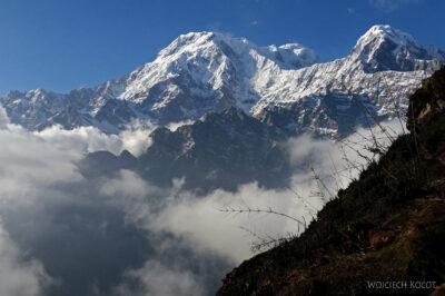 Poh090-Treking naMardi Himal