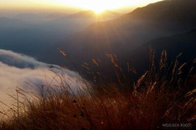Poh104-Treking naMardi Himal