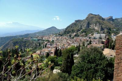 Syb070-Taormina-widok zTeatro Greco