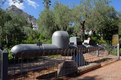 Syb099-Taormina-w Comunale Garden